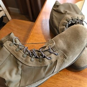 military army boots men's Sz 11 new